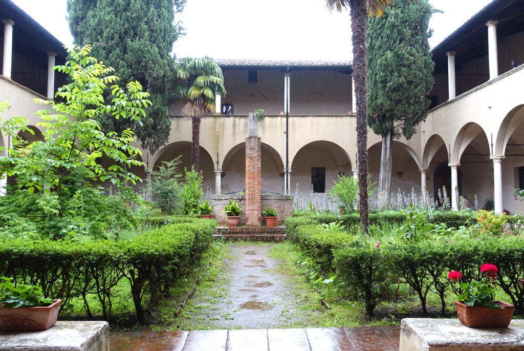 Cloister of Saint'Agostino.